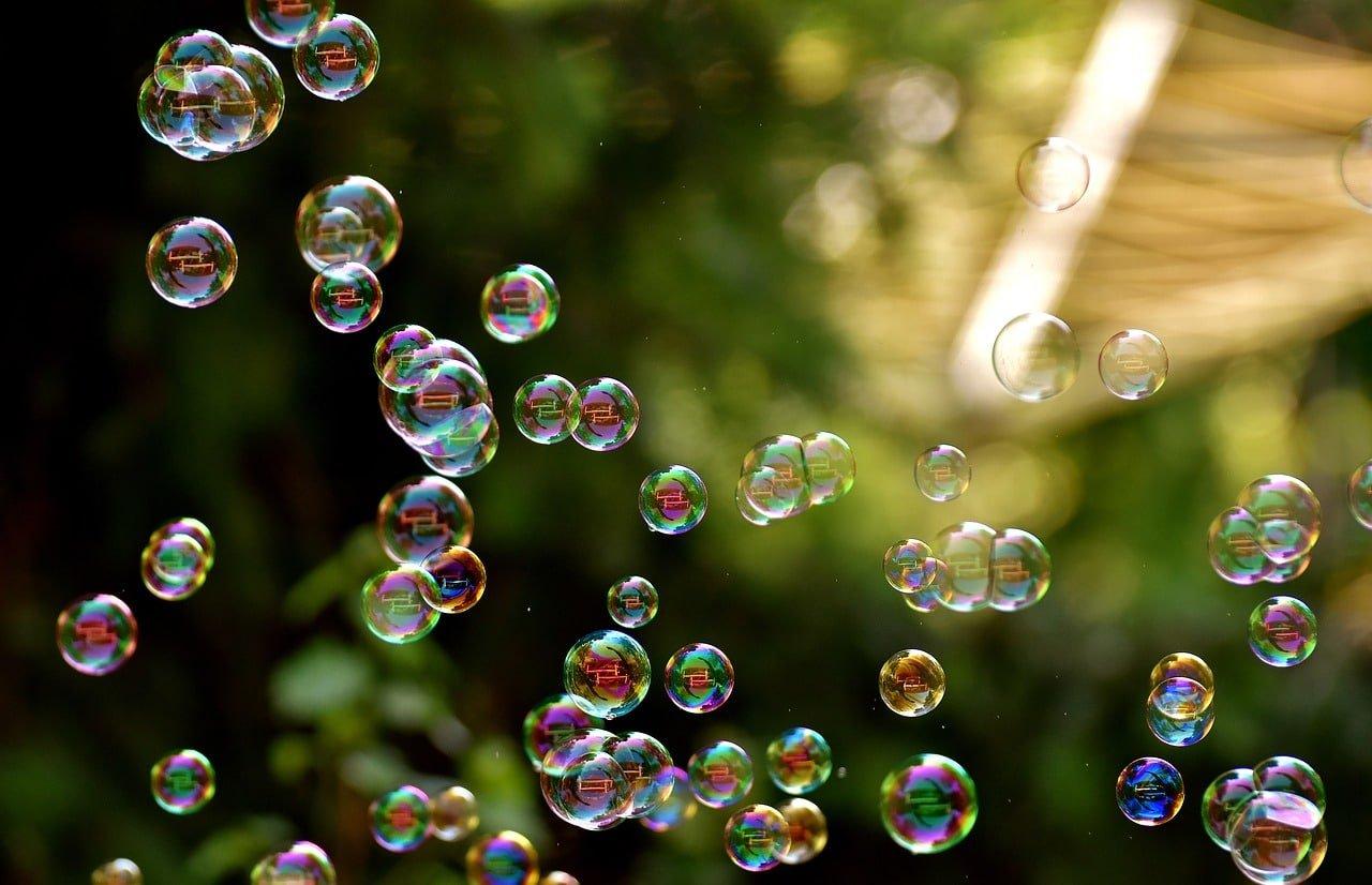 soap bubbles 2882599 1280