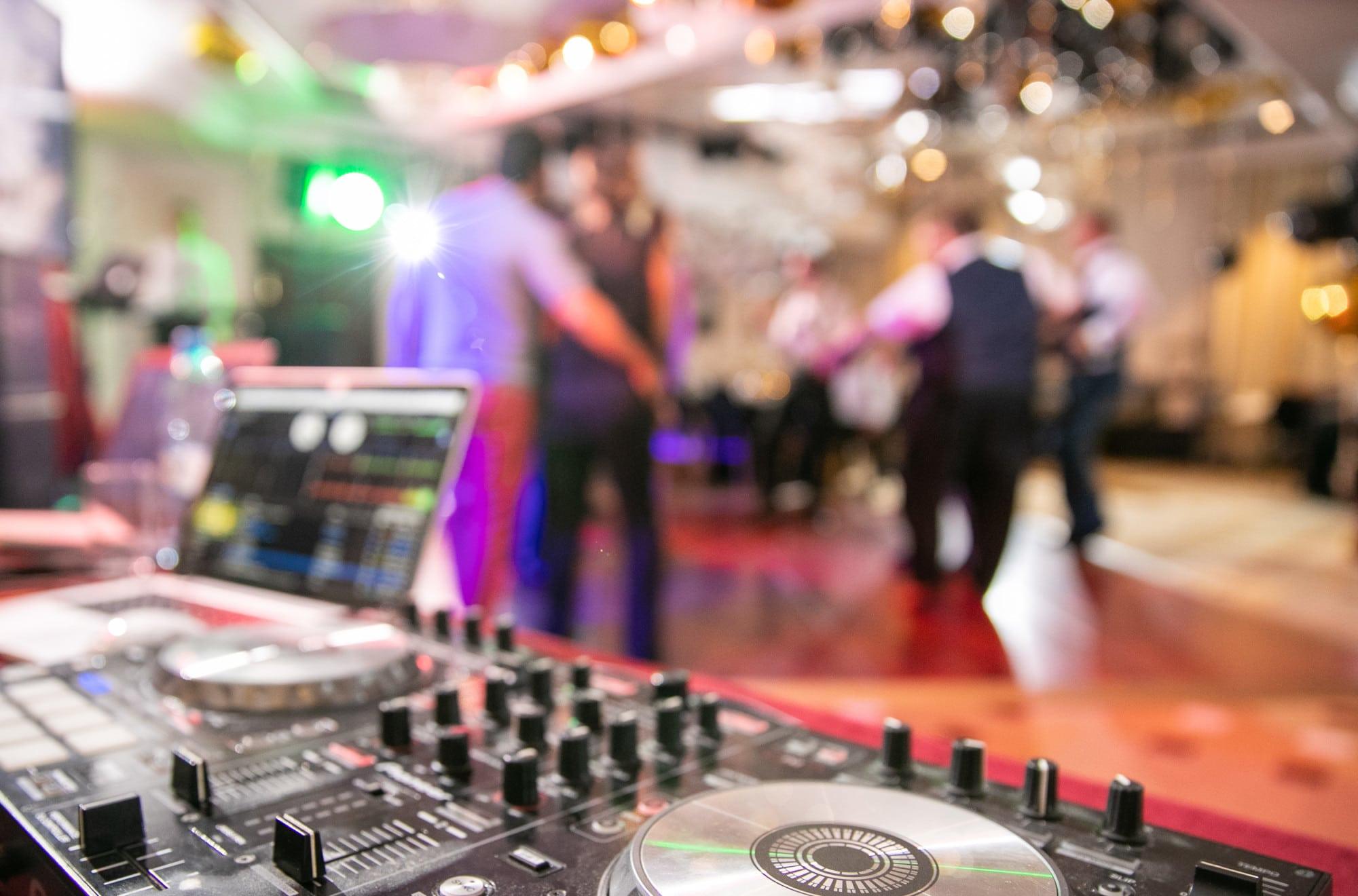 Wedding DJ at Soundwaves Entertainment